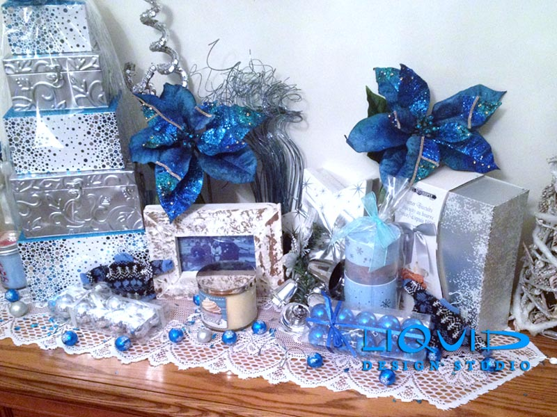 Christmas Blue And White Gift Theme